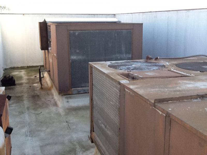 Rooftop commercial hvac unit repair in orange county